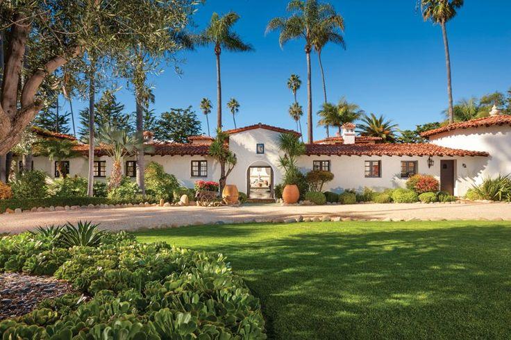 Die Villa wurde 1920 im Stil eines andalusischen Landhauses erbaut.