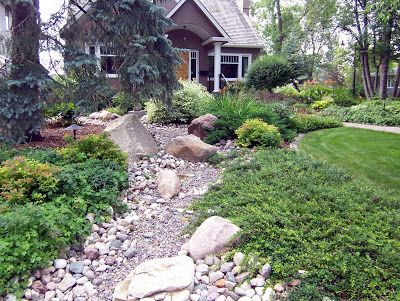 Gardening in Cold Climates: Front Yards in Bloom Edmonton 2010