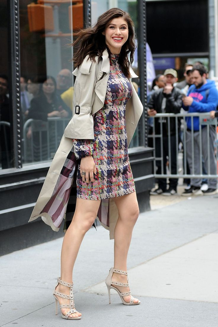 alexandra-daddario-in-mini-dress-new-york-city-05-24-2017-19.jpg (1280×1920)