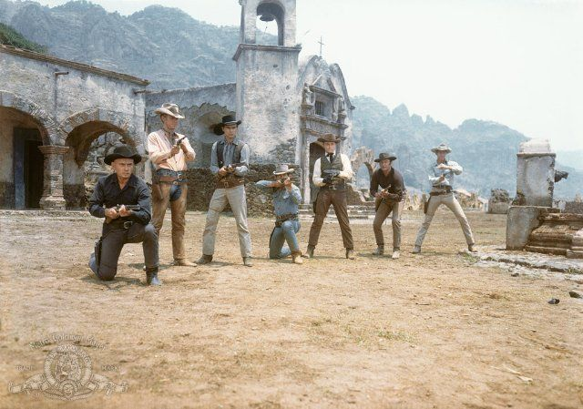 Still of Charles Bronson, James Coburn, Steve McQueen, Yul Brynner, Robert Vaughn, Horst Buchholz and Brad Dexter in The Magnificent Seven (1960)