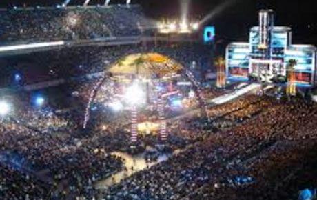 Camping World Stadium 2017 WWE WrestleMania 33 Tickets