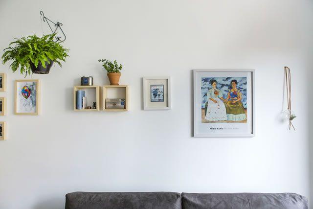 Sobre como uma boa pintura na parede e atenção aos detalhes operam milagres da decor do dia a dia.