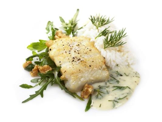 Stekt torsk med ruccola og hvitvinsaus
