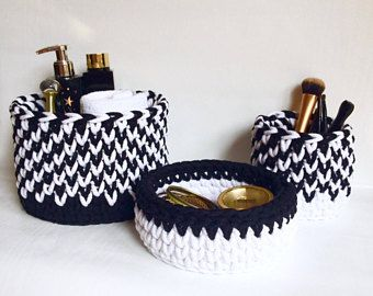 Crochet baskets - Black & white- Set of 3