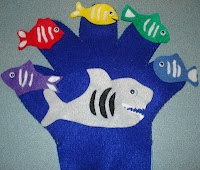 """Adorable! Sing a rhyme called """"five little fishies"""" based on """"ten little monkeys."""""""