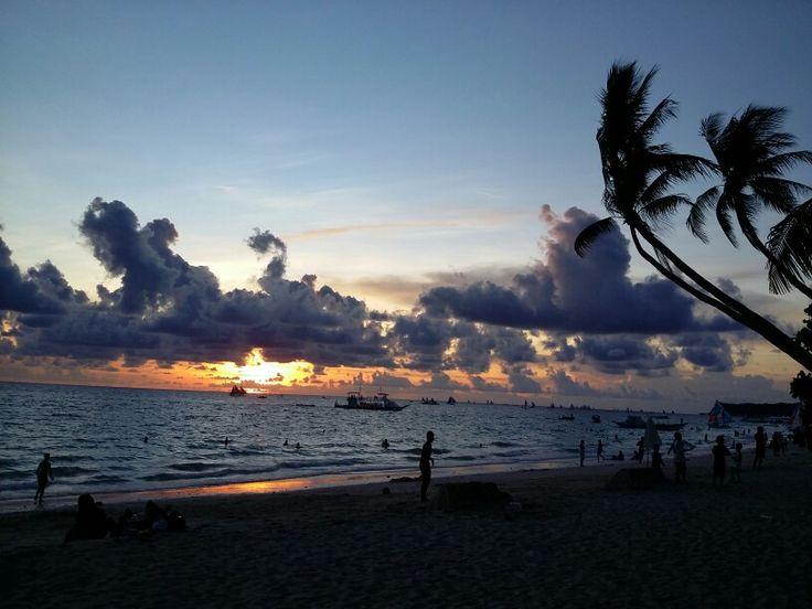 Famous boracay sunset