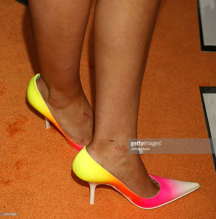 Hilary Duff's shoes during Nickelodeon's 17th Annual Kids' Choice Awards - Arrivals at Pauley Pavillion in Westwood, California, United States.