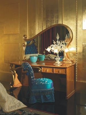 Antique Furniture Reproduction , Italian Classic Furniture :: Bedroom Furniture in Art Deco Style (check out that mirror)