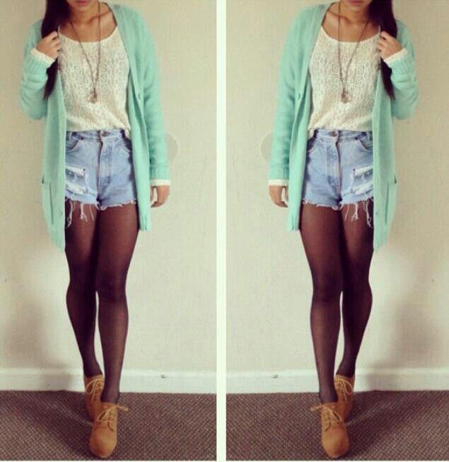High Waisted Shorts Outfit - Heyitsannabanana (instagram)