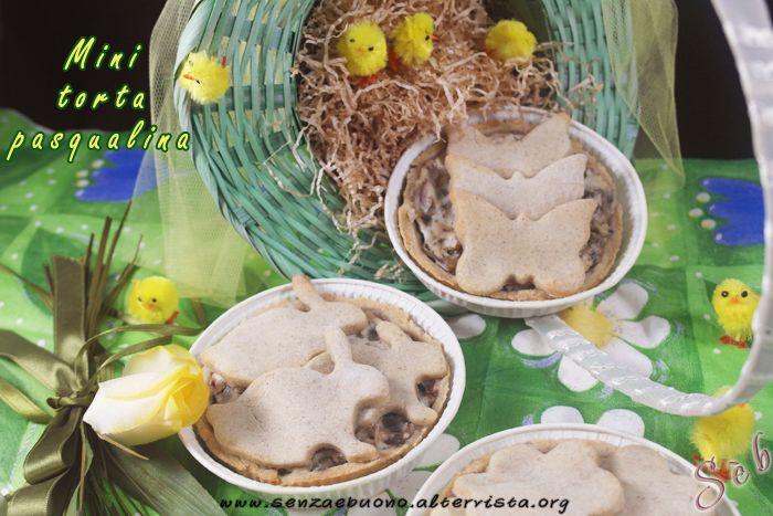 Torta pasqualina mini #senzaglutine, con farine naturali #vegan, #senzalievito e #senzasoia con ricotta di mandorle home made e carciofi http://senzaebuono.altervista.org/torta-pasqualina-mini-carciofi-ricotta-mandorle/