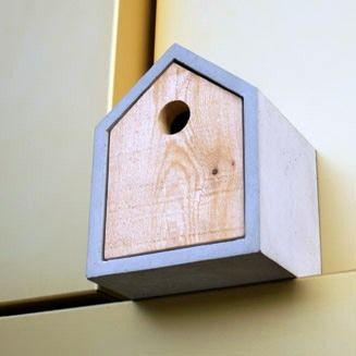 Simple Bird House on 20 Creative Modern Bird House Designs