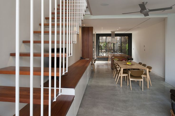 Upside-Down-Back-To-Front-House
