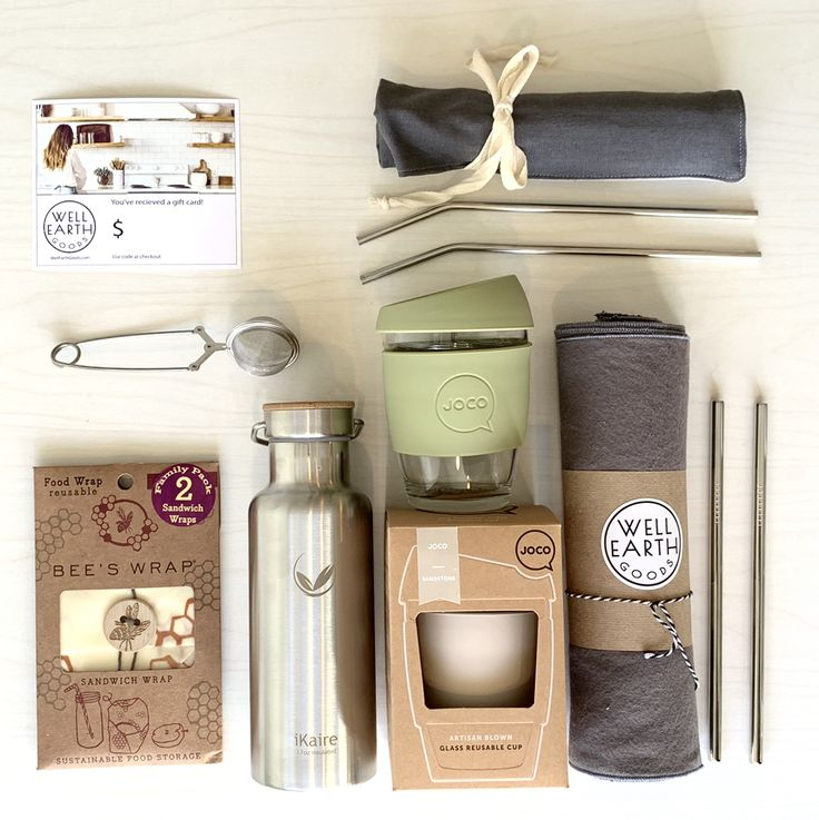 Now that we're all realizing that plastic is a global problem that we need to solve, the question about what to use instead, arises. Here are a few replacement products that we love and use. Not only are the sustainable and natural, they're all much nicer to use than plastic. Metal straws, glass and silicone to-go cups, stainless vacuum bottles, Bee's Wrap instead of plastic wrap and baggies, tea infuser, linen utensil wrap, and our Unpaper Towels. Insta: @wellearthgoods