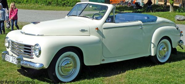 Unusual rebuilt Volvo PV 444 from 1954 Maintenance of old vehicles: the material for new cogs/casters/gears could be cast polyamide which I (Cast polyamide) can produce