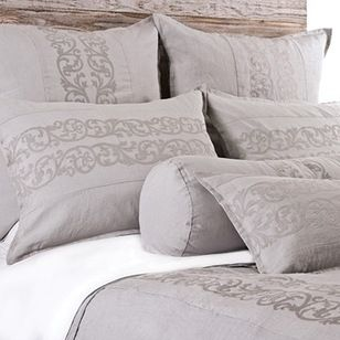 Traditional Duvet Covers And Duvet Sets by Pom Pom at Home (scheduled via http://www.tailwindapp.com?utm_source=pinterest&utm_medium=twpin&utm_content=post32188598&utm_campaign=scheduler_attribution)