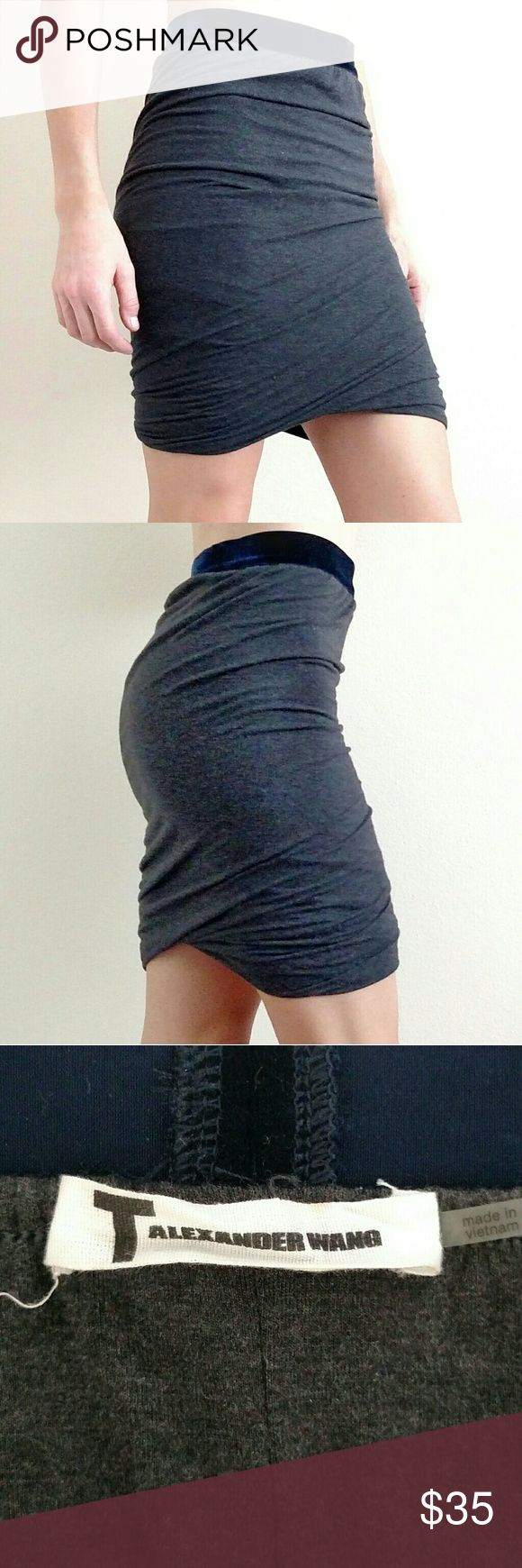 Alexander Wang Jersey Knit Mini Skirt T by Alexander Wang Jersey knit marled gray twist miniskirt with navy blue velvet waistband. Bubble hem. Figure flattering, form firing miniskirt they can be worn shorter for a sexier going out look or slightly longer for a more classy pencil skirt look. Excellent condition. Alexander Wang Skirts Mini