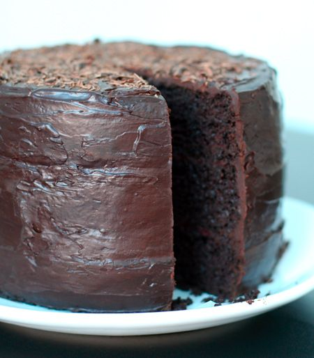 Double Chocolate Layer Cake with Raspberry Filling: Double Chocolates, Chocolates Layered Cakes, Chocolates Cakes, Desserts Recipies, Eating Cakes, Fillings Recipes, Raspberries Fillings, Chocolate Layer Cakes, Food Drinks