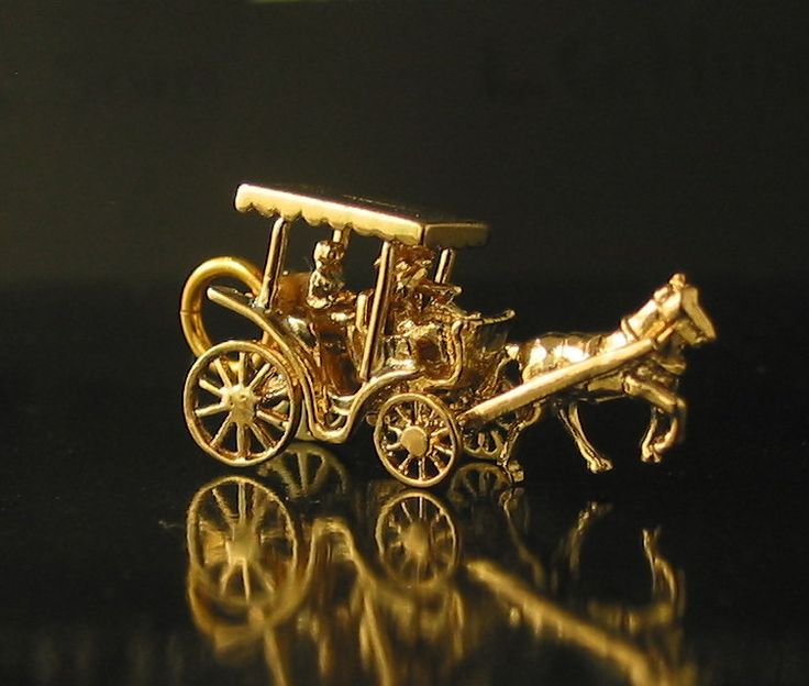 Great Horse and Carriage Charm made in London 1965 in 9ct Yellow Gold 3cm in length -sold