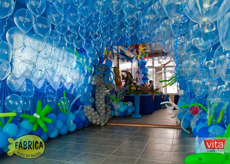 626 best party ideas images on pinterest backdrops for Balloon decoration courses dvd