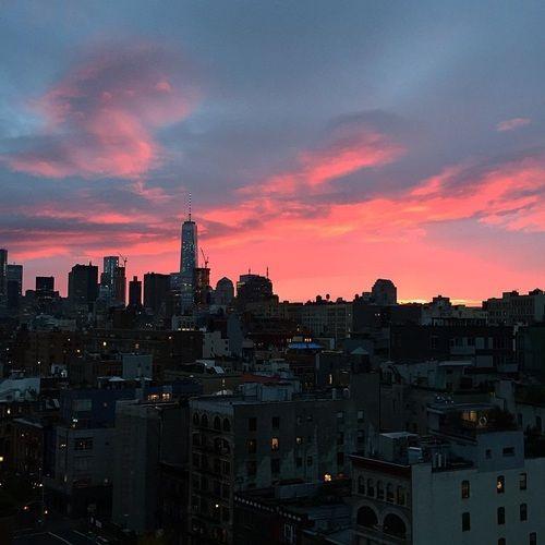 Imagen de city, sky, and sunset