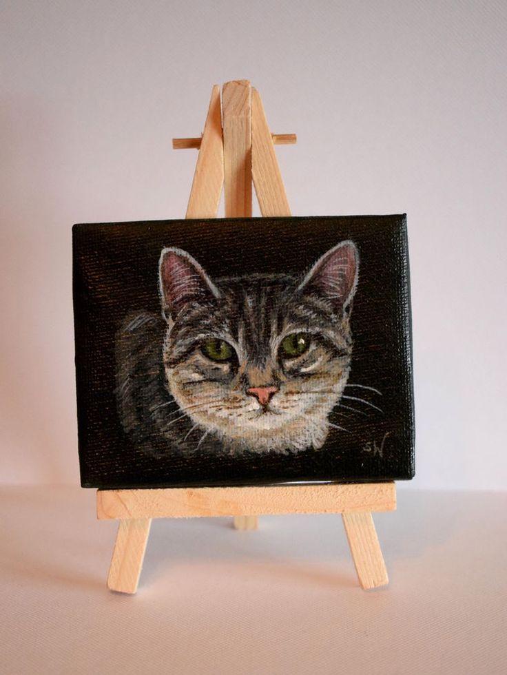 Hand Painted Mini Canvas, Grey Tabby Cat, 7 x 9 cm
