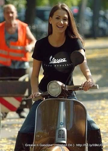 Vespa might not be the brand that first springs to mind on thinking of sexy bikers, but there's a bevvy of sexy Vespa girls doing their thing for the Vespa image.PIAGGIO VESPA – VESPA G…