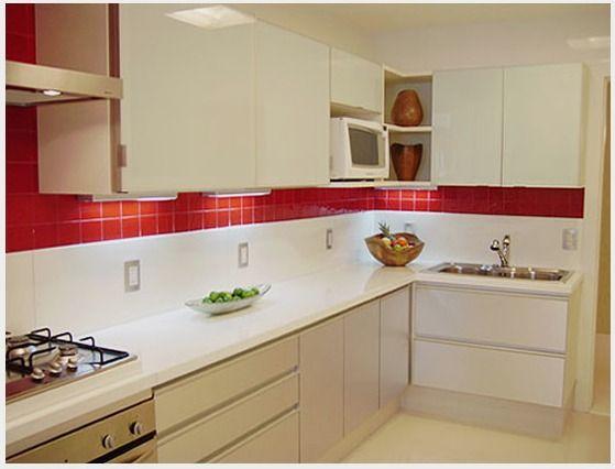 Cozinha Corredor de Apartamento Pequeno Decorada - Fotos