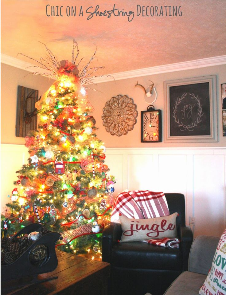 christmas home decorating blogs christmas house tour chic on a shoestring decorating 10585