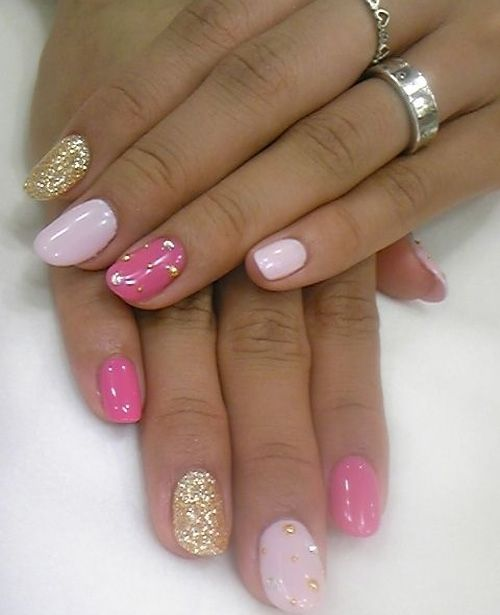 Light Pink Shade Nail Art For Prom