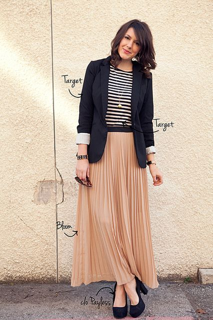 black and white striped shirt, blazer, pleated skirt, black pumps