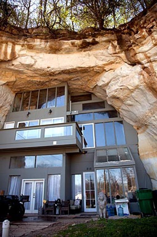 """""""Amazing and Unusual Cave House in Festus, Mo"""" ok I was going to pin this because of the cool architecture, and then I read the caption and it's in some place called FESTUS!! Must repin"""