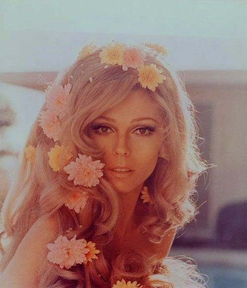Beautiful Nancy Sinatra.