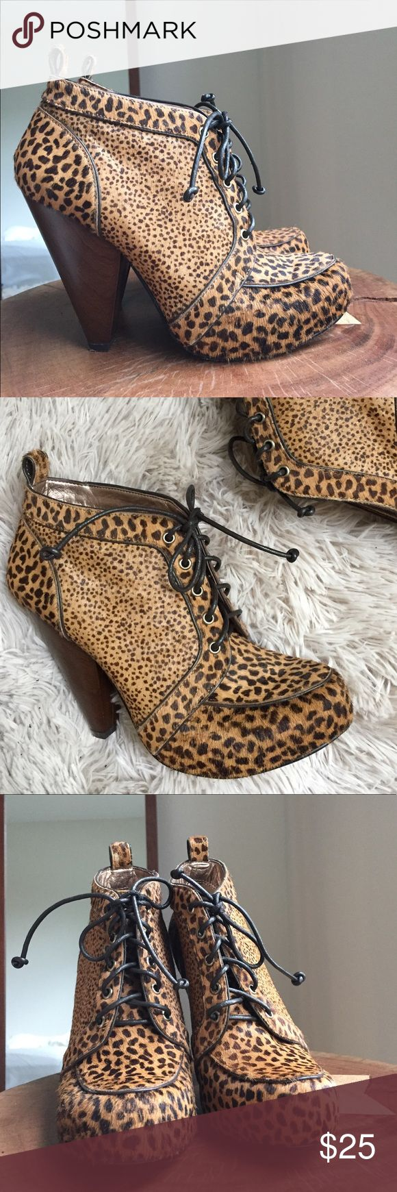 🌾 BCBG animal print booties BCBG Generation Tan Cheetah Print Leather. Size 7 runs true to size. Never worn - there's a very small area ( pea size) in the back that has some imperfection. Shown on picture 7. Comes with original box. Price was 140$ and I got them for 80$. I can't pull off this print 😭but if you can please do, they're so beautiful! 👌🏼 BCBGeneration Shoes Ankle Boots & Booties