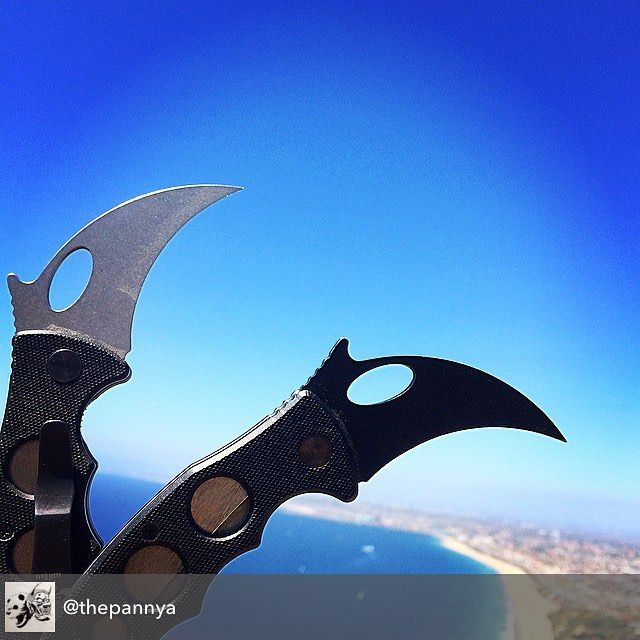 Check out this great photo of @thepannya 's pair of Emerson Combat Karambits! Don't forget that Sunday is the last day of our Summer Essentials promotion so be sure to take advantage of triple rewards points on any Summer Essentials pick, including the Combat Karambit! Follow the link in bio to see all Summer Essentials #combatkarambit #emersonknives #emersonknivesinc #EmersonKarambit #Summer #summeressentials #tactical #tacticalknives #everydaytactical #everydaycarry