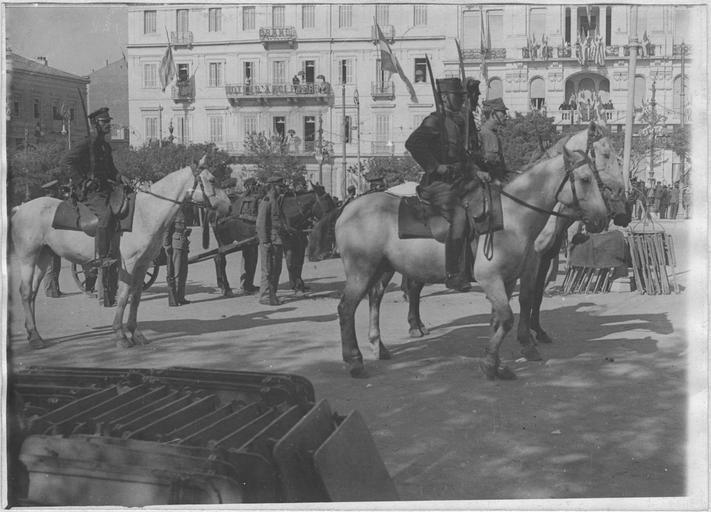 1917, Grande Bretagne Hotel