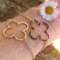 """Bracelets : Bracelet chaîne """"Trèfle Seventies"""" miel Brin d'Amour"""