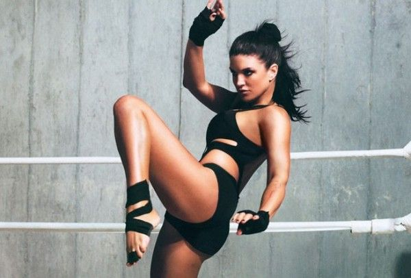 She's a looker and a top notch martial arts actress. Gina Carano is doing well for herself by transitioning from the professional fighting circuit to ...
