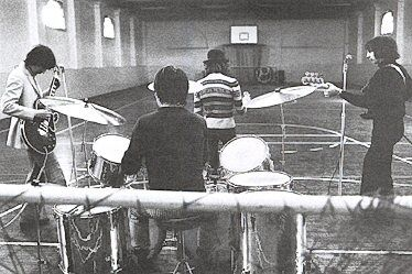 another-sip-of-wine:    The Who rehearsing in Hanwell Community Centre.