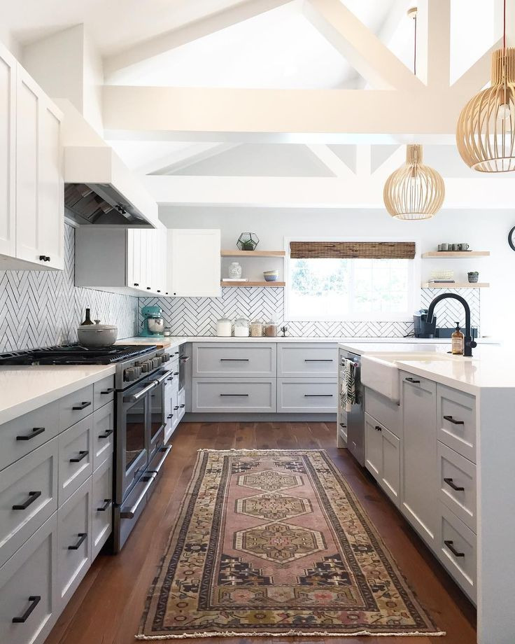 Best 25 Traditional White Kitchens Ideas On Pinterest: Best 25+ Gray And White Kitchen Ideas On Pinterest