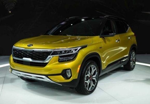 2021 Kia Seltos Sx Price Overview Review Photos Fairwheels Com In 2020 Kia Chevrolet Trailblazer Subcompact