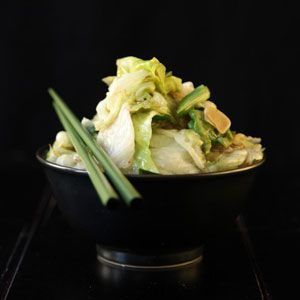 Stir-Fried Iceberg Lettuce Recipe ..need to use up some lettuce before it goes bad.