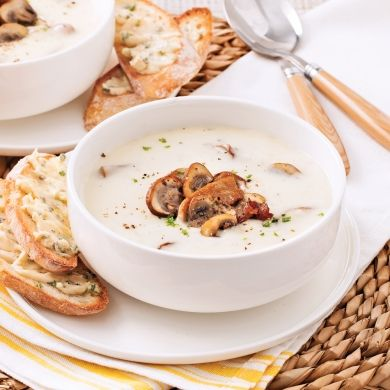 Chaudrée de champignons - Entrées et soupes - Recettes 5-15 - Recettes express 5/15 - Pratico Pratiques - Fêtes - Noël - Recevoir