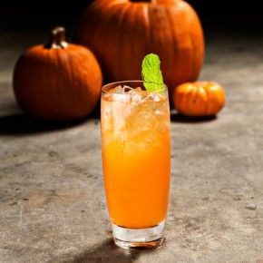 fall cocktail: pumpkin, vanilla vodka, apple cider, & spicy ginger ...