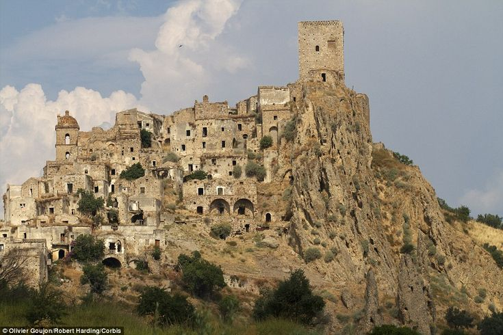 The ghost town of Craco, Italy is situated in the south of the country and has been left completely uninhabited