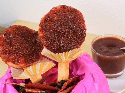 Chamoy Casero | Si eres una persona que te encanta las botanas agridulces, ésta receta las vas a querer preparar. El Chamoy casero es una salsa deliciosa, típica de la gastronomía mexicana. Es muy versatil, ya que la puedes usar en cacahuates, verduras, frutas, etc.