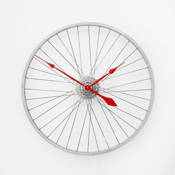 Bike Wheel Clock // Tread & Pedals