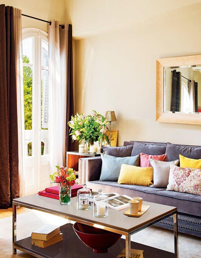 Теплая квартира в Барселоне | Wohnzimmer gemütlich ...