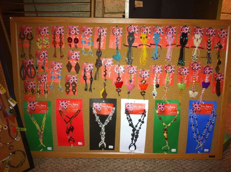 Craft show jewelry display for earrings keychains and for Display necklaces craft fair
