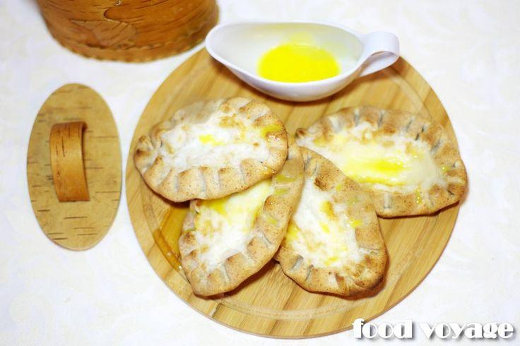 Традиционная старокарельская выпечка. Калитки или kalittoa очень любят в Финляндии их еще называютkarjalan piirakat или карельские пирожки. Карельские женщины говорили: «Калитка просит восемь…