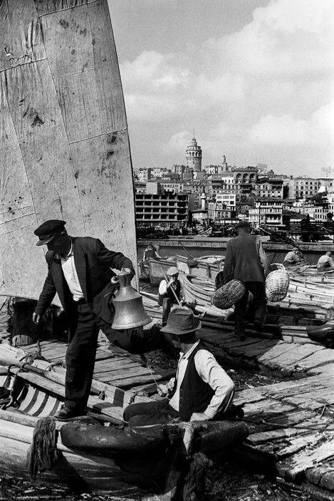 Ara Guler. 1958. Eminönü boatmen.